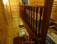 Ясеневая лестница на металлический каркас - фото 3