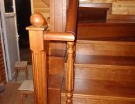 Ясеневая лестница на металлический каркас - фото 1