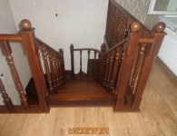 Лестница из дуба на металлический каркас - фото 11 - перила и балясины
